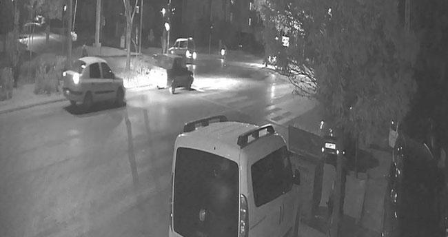 Konya'da feci kaza! Kamyonetle çarpışan motosiklet sürücüsü hayatını kaybetti
