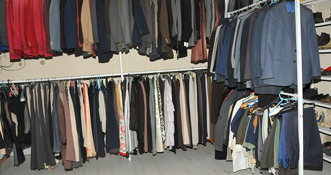 Konya'daki bu mağaza gelenleri ücretsiz giydiriyor