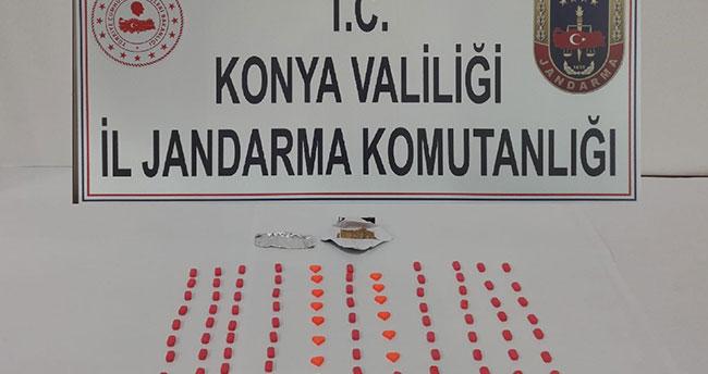 Konya'da jandarma 3 uyuşturucu satıcısını yakalandı