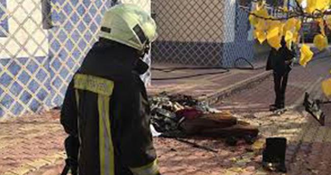 Konya'da yangın çıkan evdeki engelli çocuğu komşuları kurtardı
