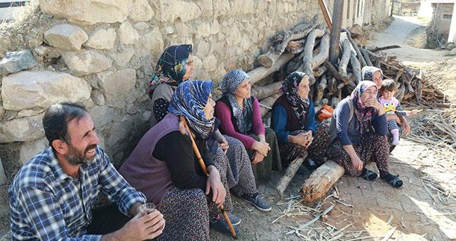 Konya'da 6 kişilik aile ölümden döndü! Halkapınar'da evin çatısı çöktü