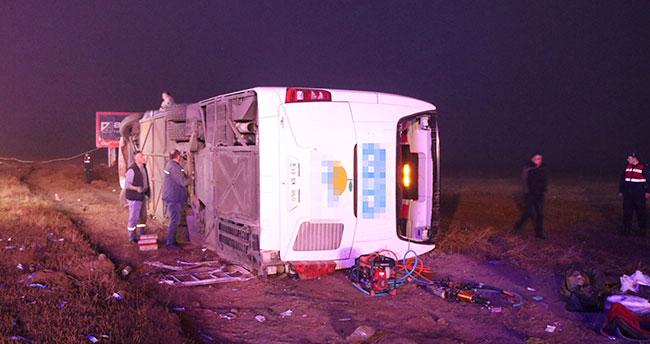 Aksaray'da otobüs devrildi: 1 ölü, 51 yaralı