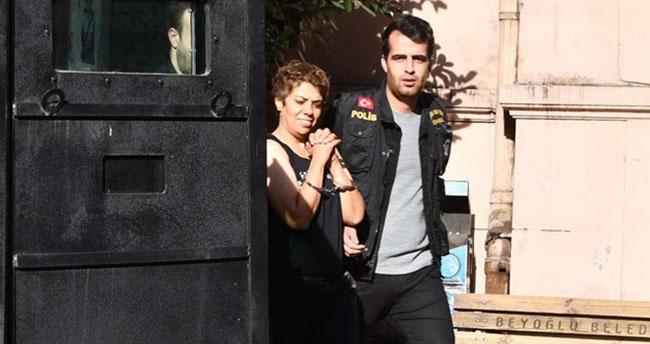 Karaköy'de başörtülü kadına saldıran kadın tutuklandı