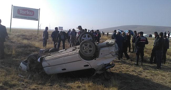Konya'da iki otomobil çarpıştı: 1 ölü, 5 yaralı