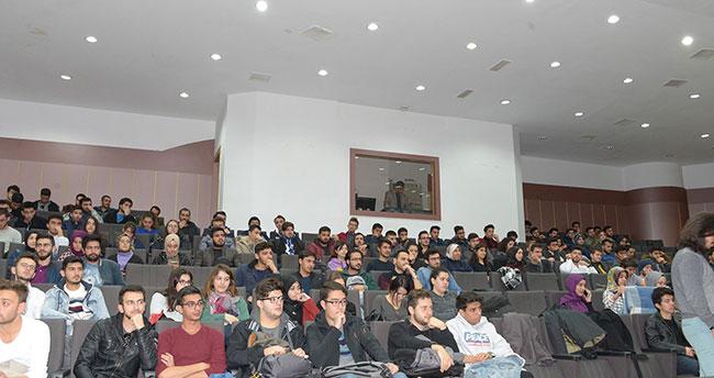 """SÜ'de """"Aliya İzzet Begoviç"""" anıldı"""