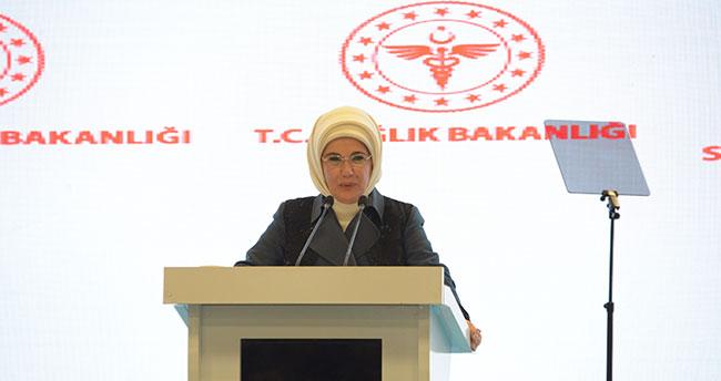 Emine Erdoğan'dan Konya'da 'Otizmli çocuklar'la ilgili farkındalık mesajı