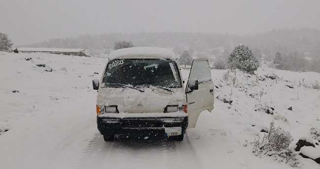 Konya'nın yaylaları kar yağışı ile beyaz örtüye büründü