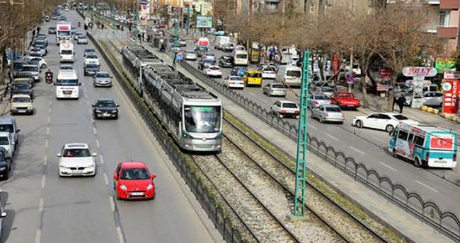 Konya'da motorlu kara taşıt sayısı bir yılda ne kadar arttı?