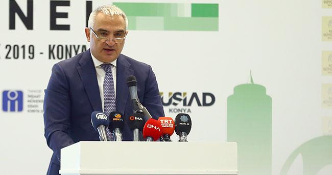 """Kültür ve Turizm Bakanı Ersoy: """"Şehirlerimizin önemli projelerini hayata geçireceğiz"""""""