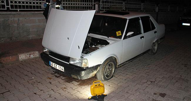 Konya'da seyir halindeki otomobile kurşun yağdırdılar! Sürücü şans eseri kurtuldu