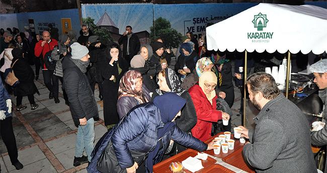 Konya Karatay Belediyesi'nden Şeb-i Arus'a özel çorba ve sahlep ikramı