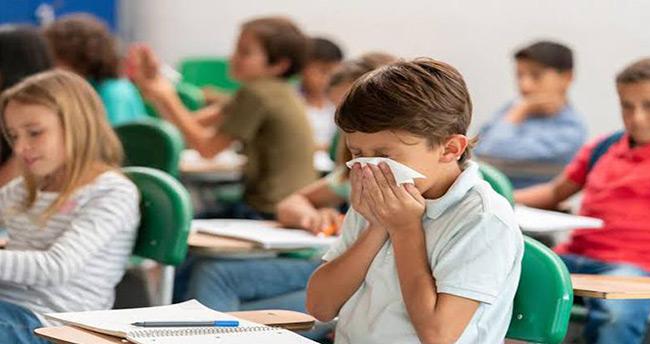 Okullarda rota virüsü ve beta mikrobu paniği! 'Çocuklarınızı doktora götürün'