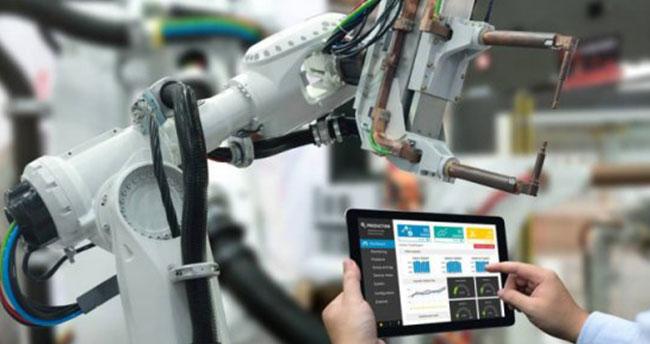 Çin'deki iş gücünün yüzde 5'i robotların eline geçecek