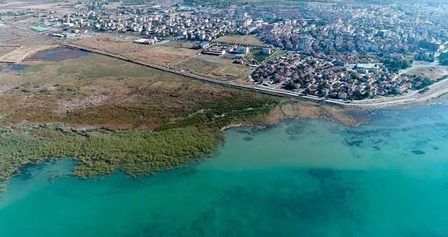 Beyşehir Gölü'nün temizliği için imzalar atıldı