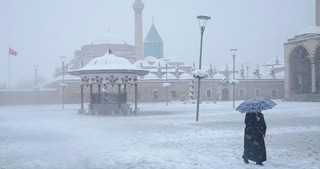 Meteoroloji saat verdi! Konya ve Karaman'da kar yağışına dikkat