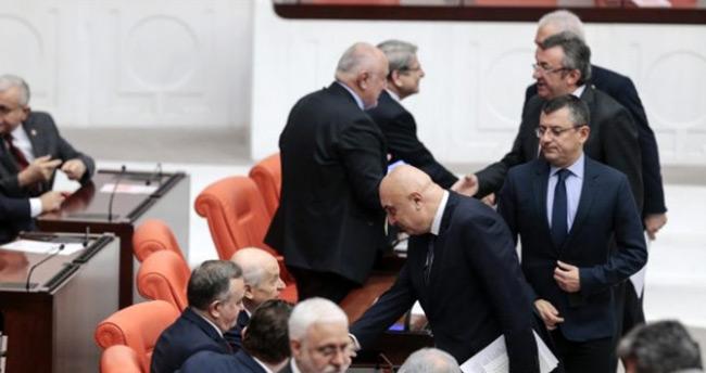 Oylama bitti! Ve Libya tezkeresi için karar verildi!