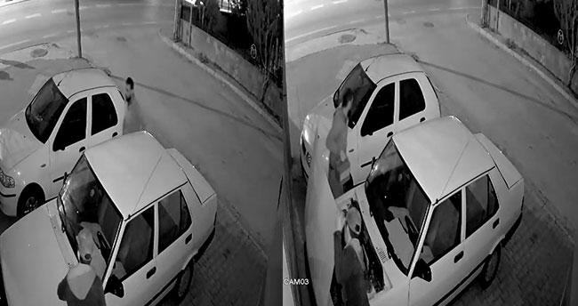 Konya'da hırsızlık! Aracın kaputunu kırıp 40 saniyede akü çaldılar