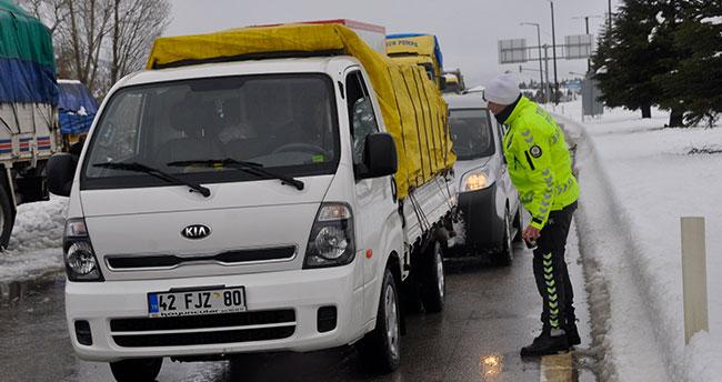 12 saat sürdü! Konya – Antalya yolu trafiğe açıldı