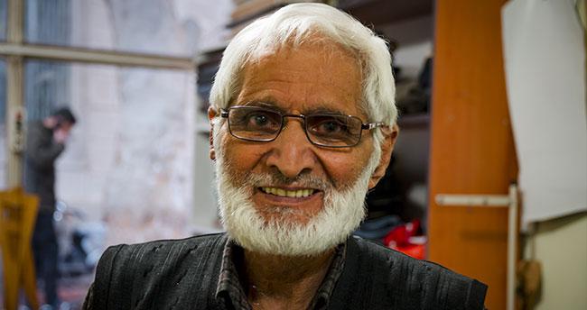 Konyalı 73 yaşındaki terzi Ramazan ustanın meslek aşkı şaşırtıyor