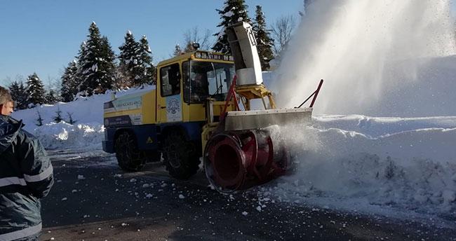 Konya'da Gölcük Yaylası'nda karın kapattığı yollar açıldı