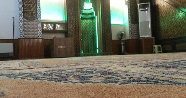 Konya'da camiye giren hırsızlar güvenlik kamerasını çaldı