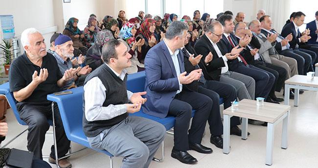 Beyşehir'de hastanenin palyatif servisinde yatanlara moral etkinliği