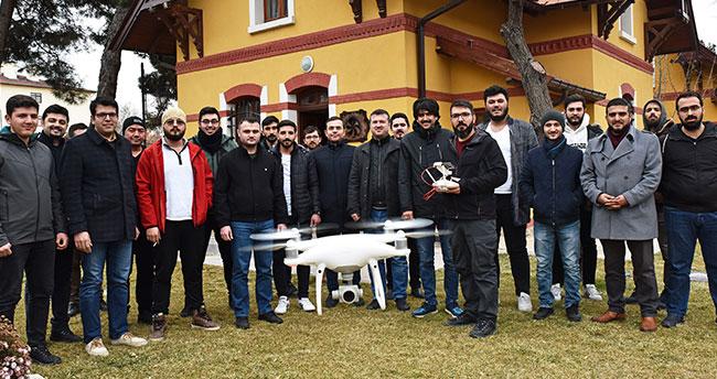 Konya'da 23 drone kullanıcısına İHA pilot eğitimi verildi
