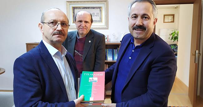 Mİlletvekili Ahmet Sorgun Türkiye Yazarlar Birliği'ni ziyaret etti