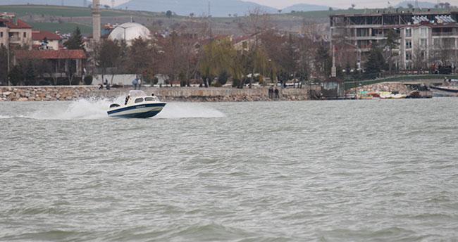 Beyşehir'de üç yılda gölde yasa dışı avcılığa 746 bin lira ceza