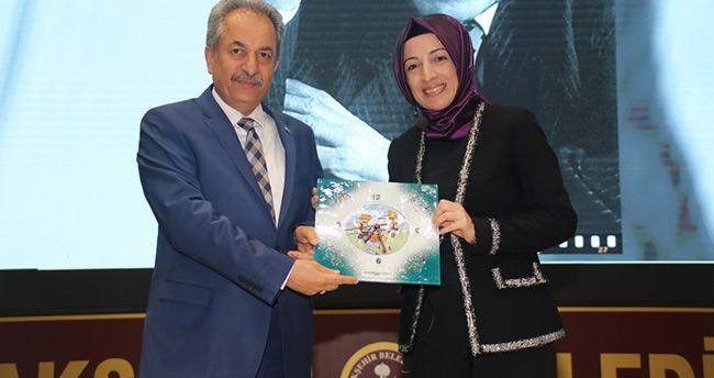 Yazar Tarık Buğra memleketi Akşehir'de anıldı