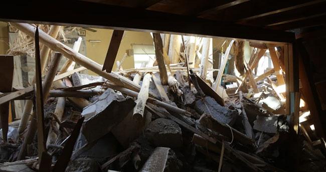 Konya'da fırtına hasara neden oldu! Minareler devrildi, çatılar uçtu