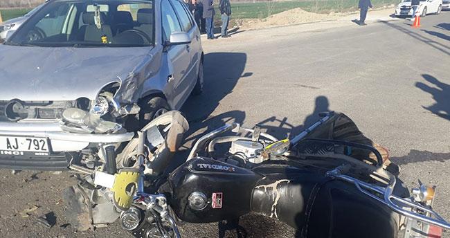 Konya'da otomobil motosikletle çarpıştı: 2 yaralı