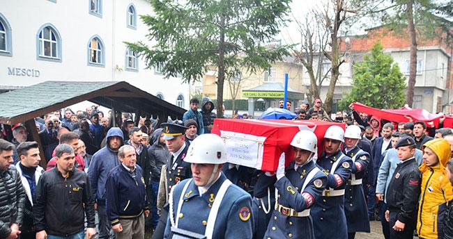 Konya'daki kazada hayatını kaybeden uzman onbaşı Samsun'da toprağa verildi