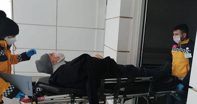 Aksaray – Konya kara yolunda otomobil şarampole devrildi: 3 yaralı