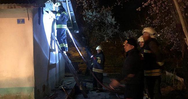 Konya'da müstakil ev alev alev yandı! Ev sahibi sinir krizi geçirdi