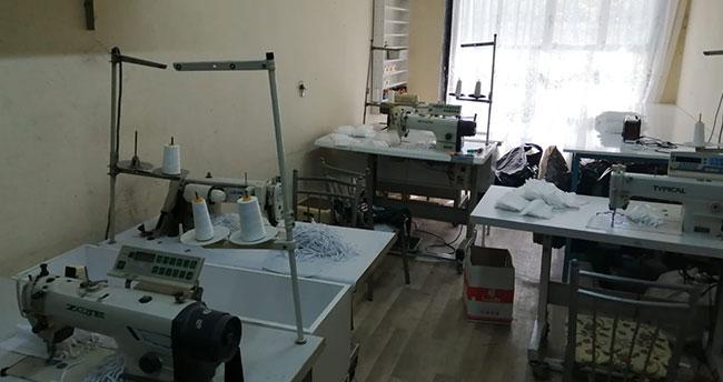 Konya'da kaçak maske üretilen atölyeye baskın