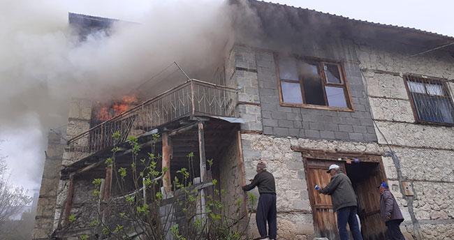 Karaman'da çıkan yangında 83 yaşındaki kadın öldü