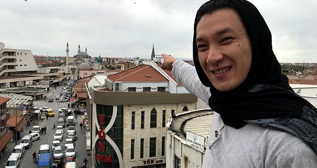 Salgın nedeniyle Türkiye'de kalan Kırgız seyyah halinden memnun