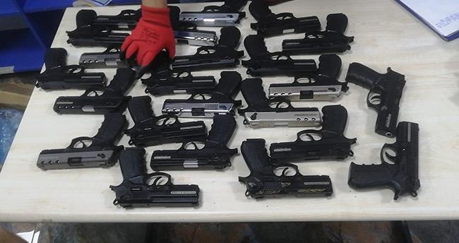 Konya merkezli 4 ildeki silah kaçakçılığı operasyonunda 2 zanlı yakalandı