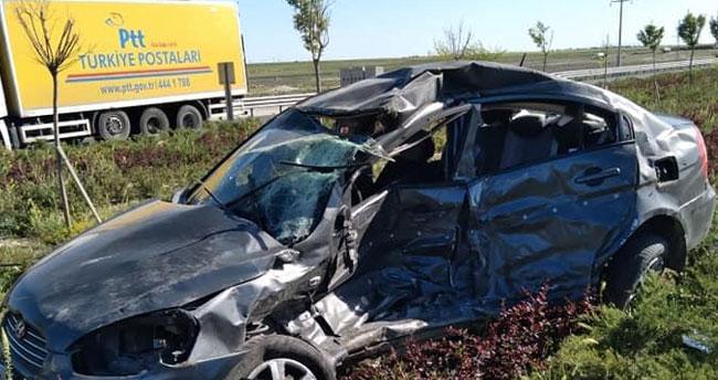 Aksaray-Konya kara yolunda otomobil ile minibüs çarpıştı: 1 ölü