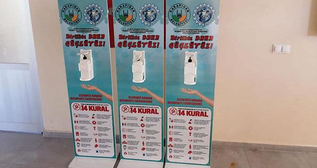 Karapınar'da dirsek basmalı el dezenfektanı standı yapıldı