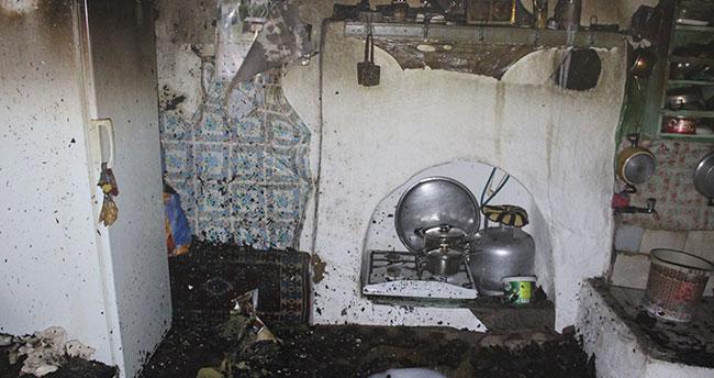 Karaman'da tek katlı müstakil evde korkutan yangın: 1 yavru kedi telef oldu