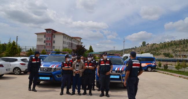 Konya'da bir kişinin otomobilde ölü bulunmasıyla ilgili iki kayınbiraderi cinayetten tutuklandı!