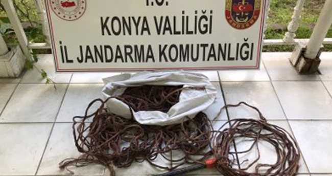 Konya'da'da kablo çaldıkları iddiasıyla yakalanan 3 zanlıdan 2'si tutuklandı