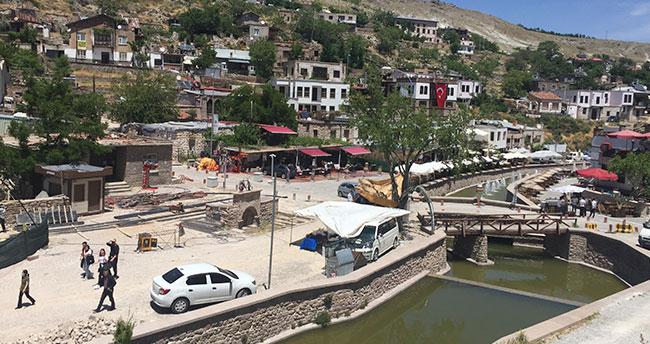 Konya halkı uzun bir aradan sonra hafta sonu sokağa çıktı