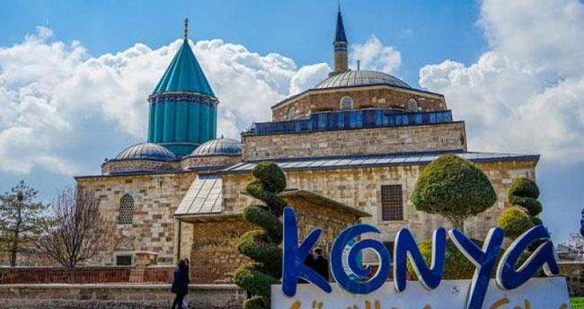 Koronavirüs kurallarının esnetilmesiyle birlikte Konya'da vaka sayısında artış yaşandı!