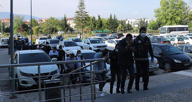 Konya'nın da olduğu 8 ildeki dolandırıcılık çetesi operasyonunda 8 tutuklama