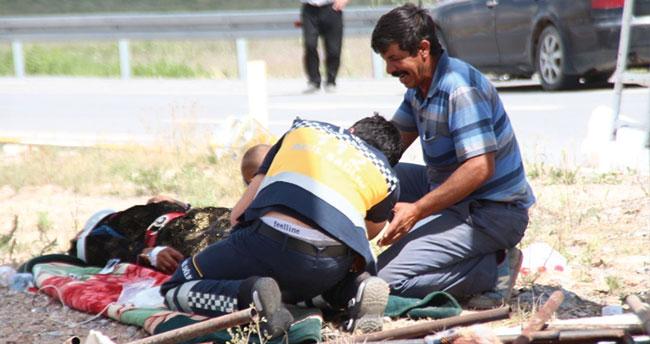 Tek kelimeyle facia! Konya'da işçi taşıyan minibüs ile tır çarpıştı: 6 ölü