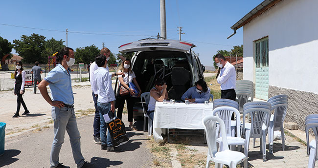 Karaman'da köylüler koronavirüs nedeniyle ÇED toplantısına katılmadı, toplantı iptal oldu