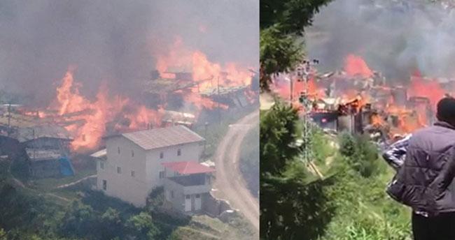 Artvin'de bir köy yanıyor! 70 haneli köyde evlerin çoğu yandı